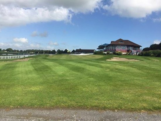 Navan, Ireland: Golf short game area, chipping and putting practice greens