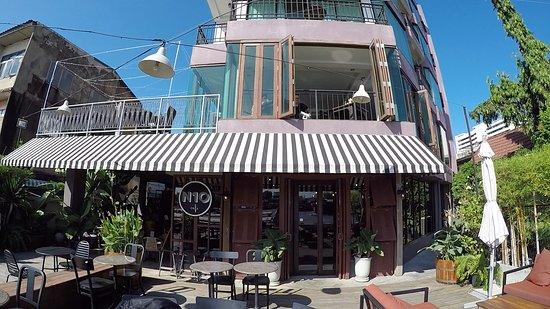Baan Wanglang Riverside: coffee shop by the river.