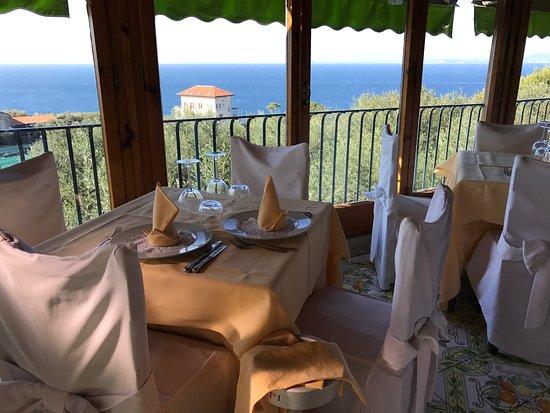Antico Francischiello: Restaurant Views