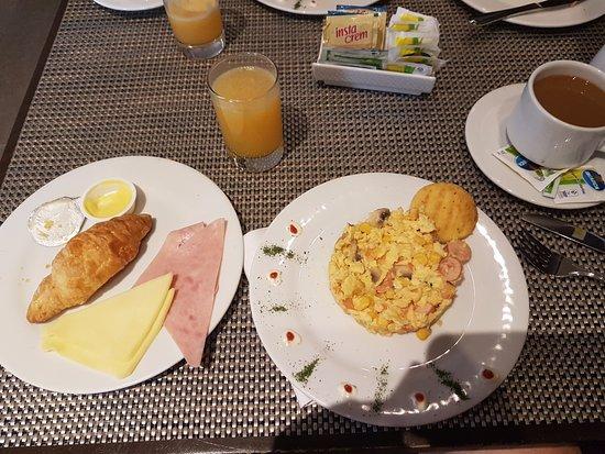 Morrison 114 Hotel : Breakfast