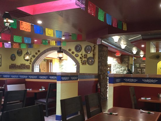 New and bright mexican restaurant review of guadalajara for Mt lemmon cabin rentals pet friendly