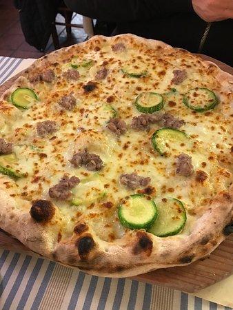 Ristorante Pizzeria La Fornarina: photo0.jpg