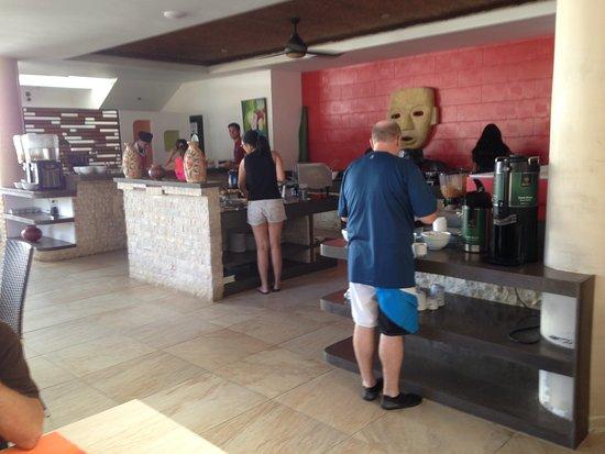 Hotel Villas Playa Samara: The buffet