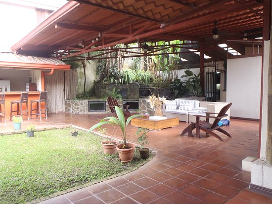Turrialba Bed and Breakfast: partie commune