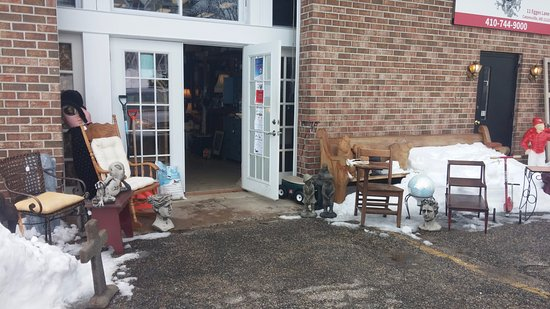 Catonsville, MD: This is the entrance to the store.
