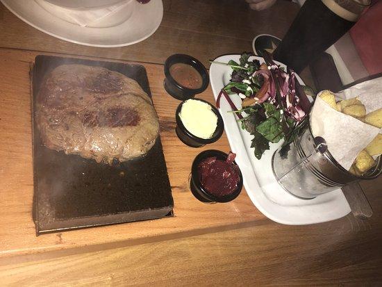 Lucan, Irland: Carne a la piedra