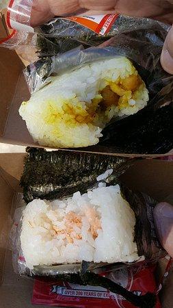 Morikami Museum & Japanese Gardens: Chick pea and smoked salmon rolls