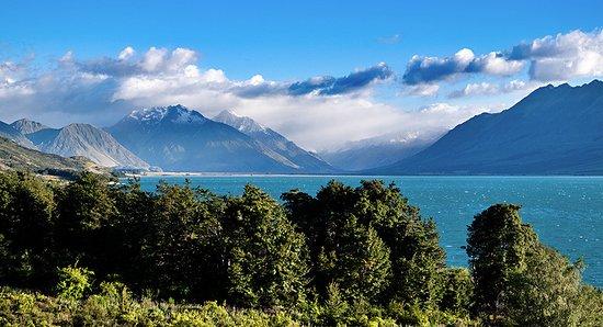 Twizel, New Zealand: Lake Ohau from our room at Lake Ohau Lodge