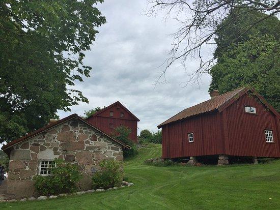 Nordens Ark : gamla gårdsbyggnader