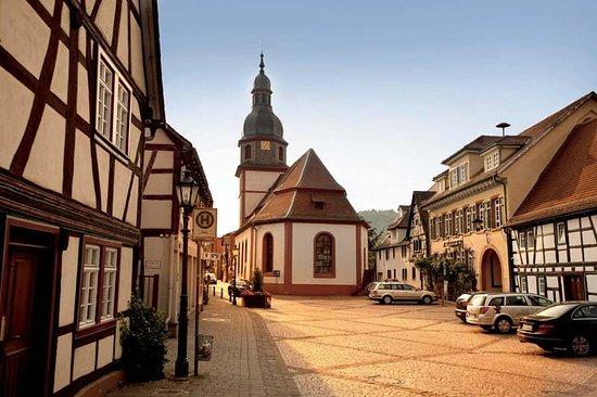 Das idylische Zentrum des Stadtteils Breuberg-Sandbach.