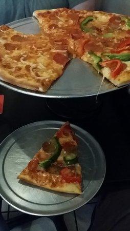 Pushcart Pizza : Pizzaaaaaa