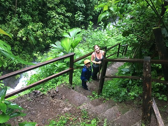 Parrita, Κόστα Ρίκα: The trail when not on the bridges.