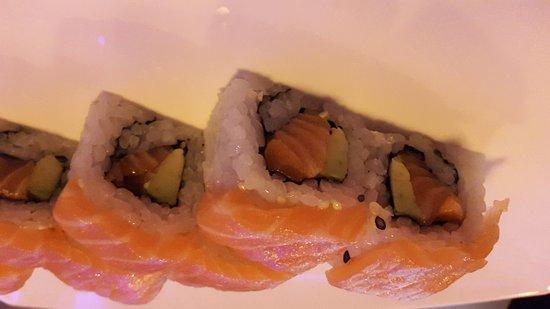 Corsico, Italia: Sushi salmone