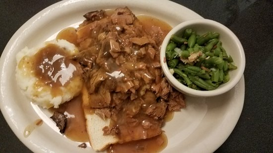 Jefferson City, MO: Open-faced Roast Beef w/ homemade mashed potatoes