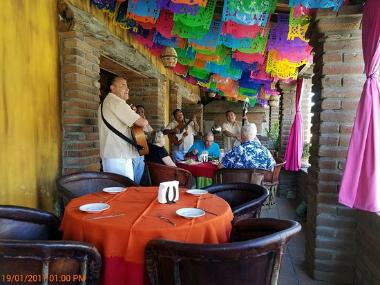 Jazmin's Restaurant: 11601_large.jpg