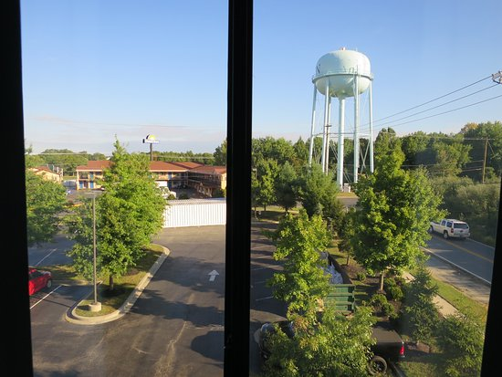 Elkton, MD: View from room 323