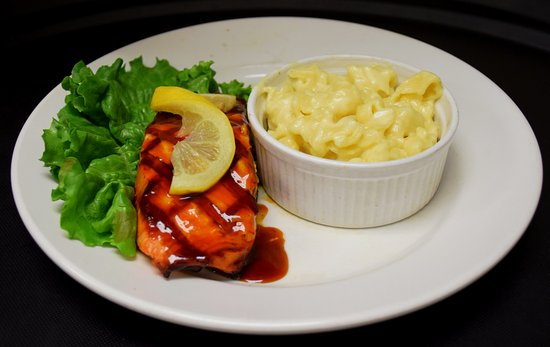 Seymour, IN: Our Grilled Bourbon Salmon and white mac 'n cheese is a popular choice for locals!