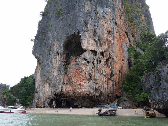 James Bond island - Picture of Phang Nga Bay, Ao Phang Nga National Park - Tr...