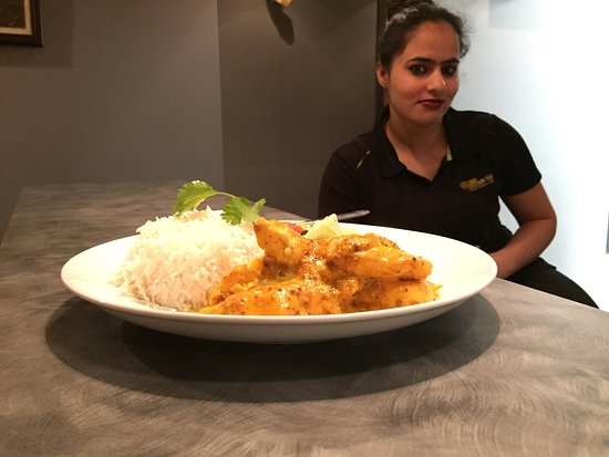 Try mustard chicken in mango tree brooks