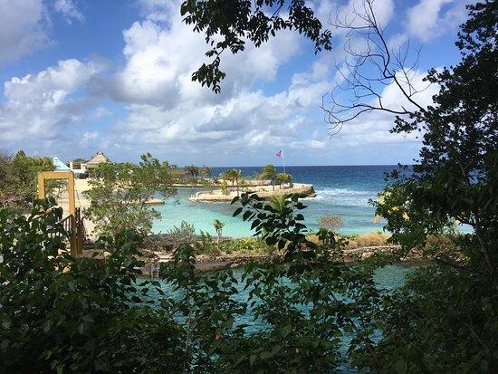Goldeneye Resort: photo0.jpg