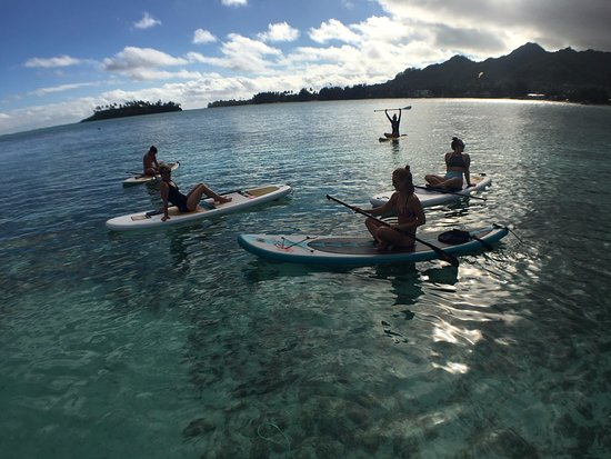 Rose Bay, Australia: our first day of SUP yoga!