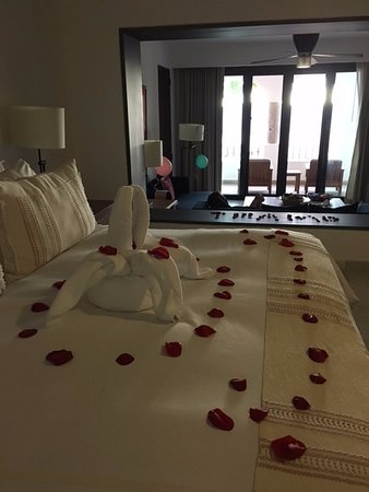 ‪‪Casa del Mar Golf Resort & Spa‬: Room was decorated incredibly for special occasion‬
