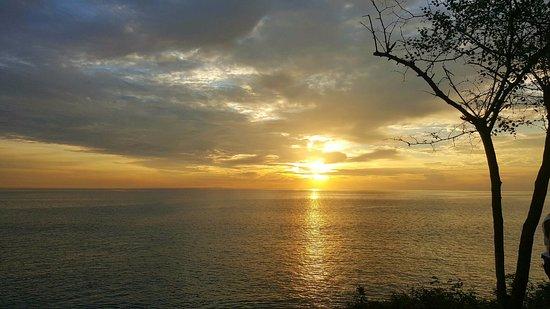 Tegal Wangi Beach: wishh keren banget