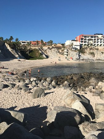 Welk Resorts Sirena Del Mar: Beautiful location with very friendly staff! Seabass ceviche was yummy and the drinks were tasty