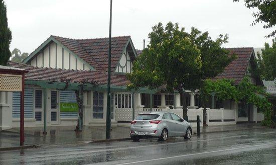 Nuriootpa, Australie : Lovelly old home,now a bakery
