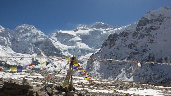 Kanchenjunga : Pangpema base camp