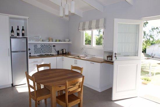 Grabouw, Νότια Αφρική: Cottage Two - Kitchenette