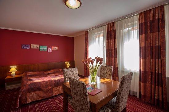 City Hotel Budapest Tarashaz