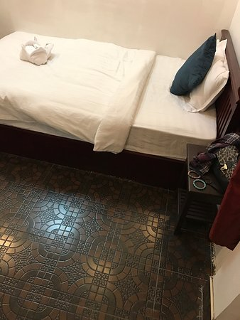 Vientiane SP Hotel: hotel and the room was clean and nice as the price