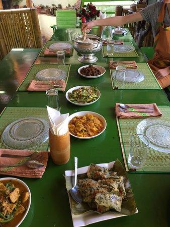 Nyaung Shwe, Birmania: photo2.jpg