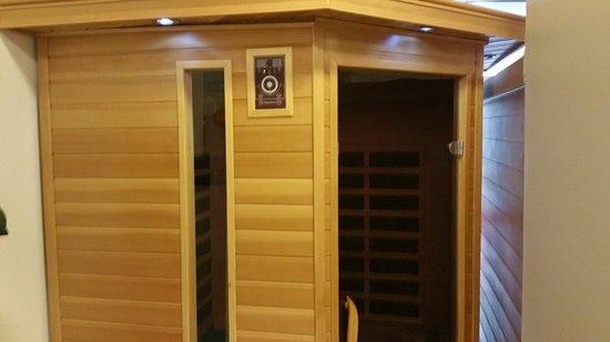 Isafjordur, Iceland: Infrared sauna