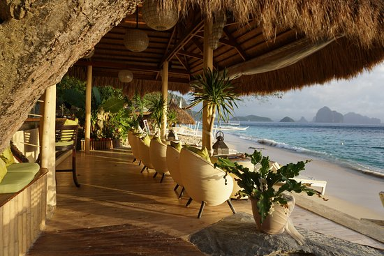 The best El Nido restaurants - Shows the decking area at Vellago