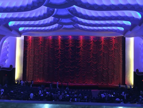 Raj Mandir Cinema: Inside of Raj Mandir