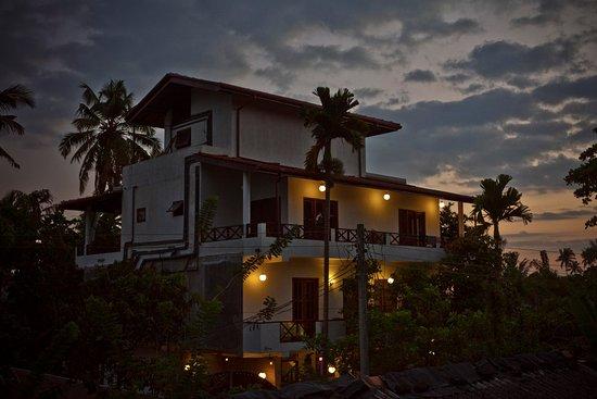 Dorian Guest Hotel & Restaurant