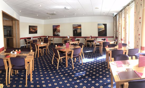 Broadstone, UK: Our lovely restaurant is newly refurbished and can be hired for only £40 for non-members.