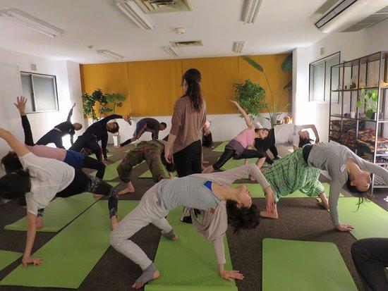 Yoga Lotus Temmabashi