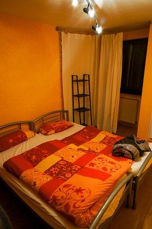 Hilles Hostel Trier: double/twin room
