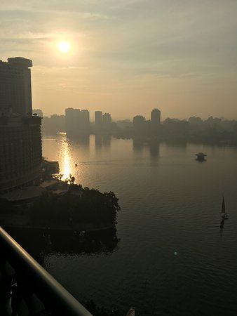 Four Seasons Hotel Cairo at Nile Plaza: The view from my balcony