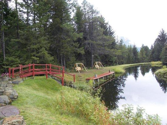 Hungry Horse, MT: Kleiner Teich zum umwandern und relaxen