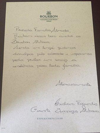 Bourbon Atibaia Convention & Spa Resort: carta que a gerente deixou no quarto, com doces e chocolates