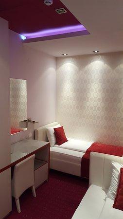 Hotel Zeneva Lux