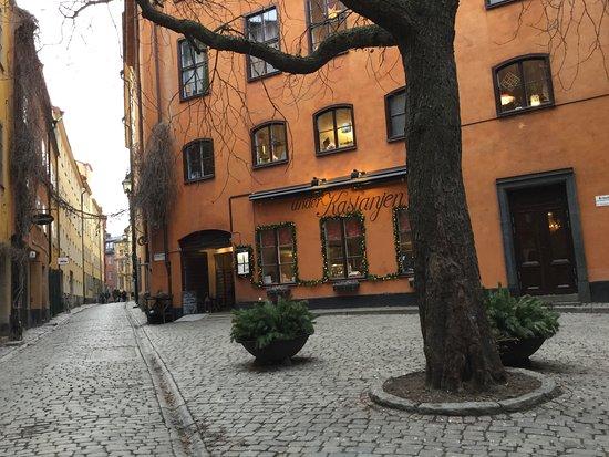 Stockholm Old Town: El Patio Del Castaño