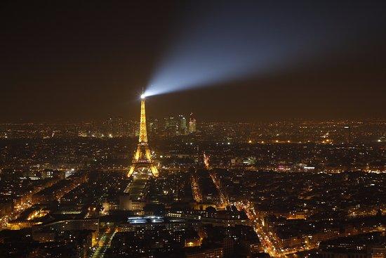 La Tour Eiffel De Nuit Photo De Observatoire Panoramique De La