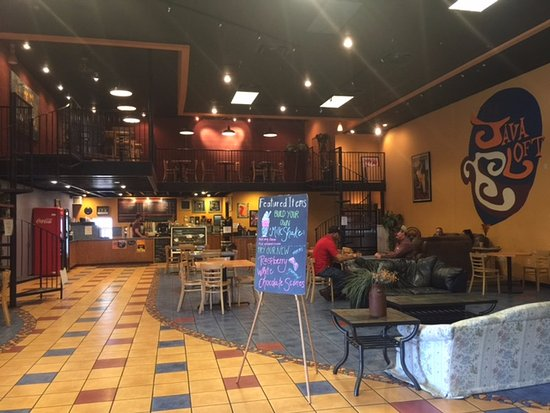 Clovis, Nuovo Messico: The main area has plenty of seating!