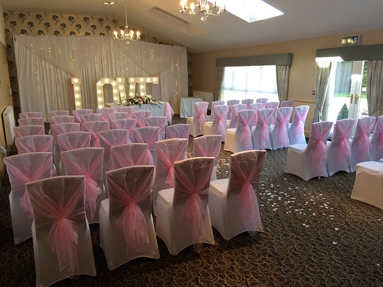 Northwich, UK: Oak Room Set for Civil Ceremony
