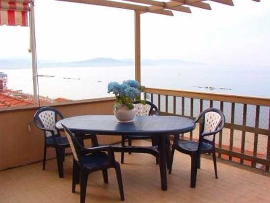 Reception - Foto di Residence Le Terrazze, Follonica - TripAdvisor